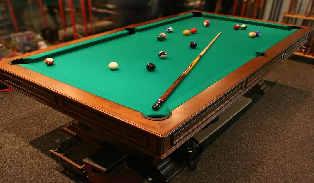 A Class Movers Move Pool Table Safely To Short And Long-Distances